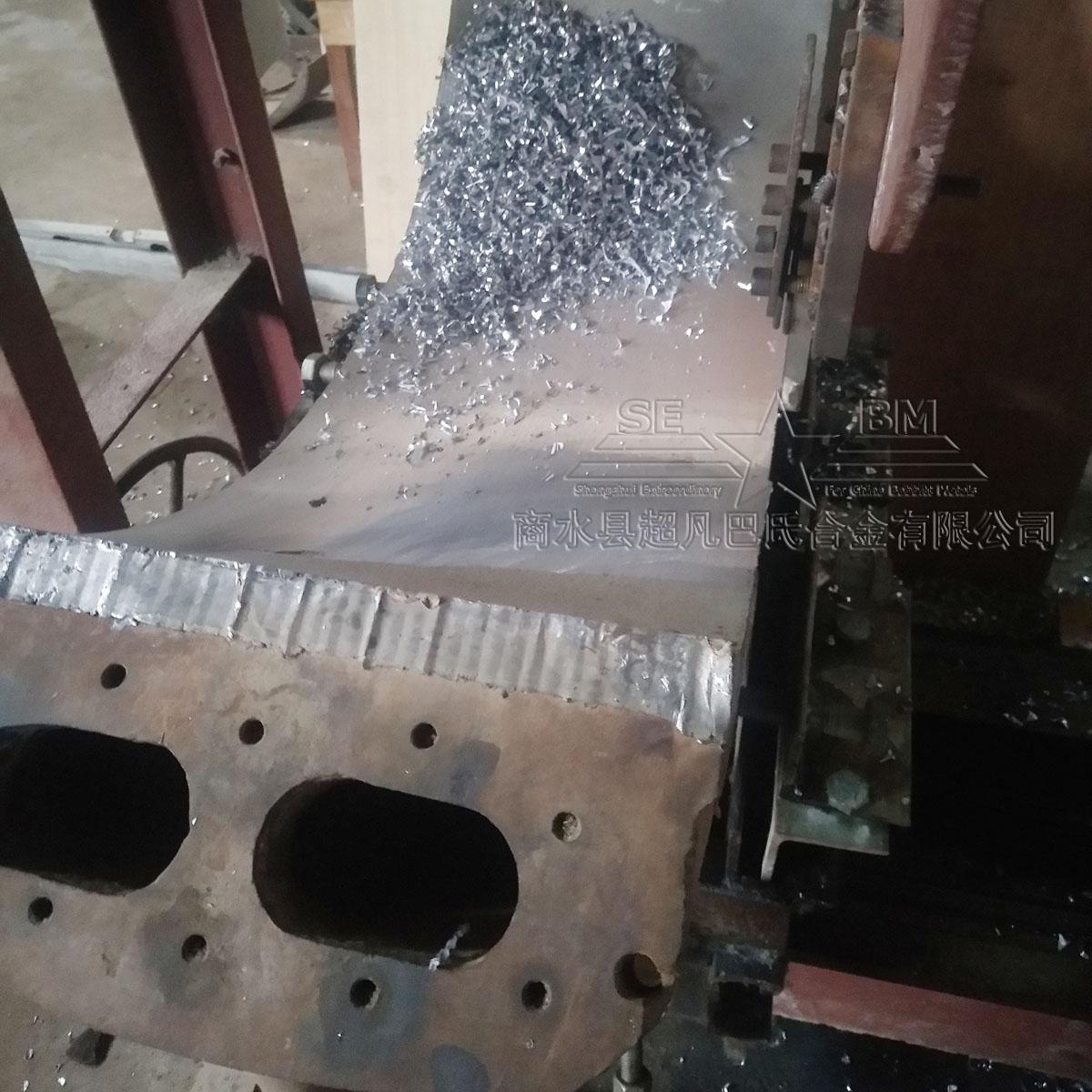 商水超凡巴氏合金专业浇铸修复球磨机轴瓦,加工范围:滚筒直径1.5米、1.83米、2.2米、3.4米、3.8米等。